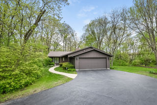1105 Hickory Trail