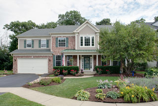 33891 North Wooded Glen Drive