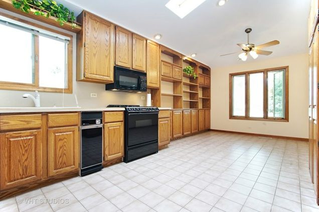 428 South Ardmore Terrace Addison IL 60101 MLS 09726138