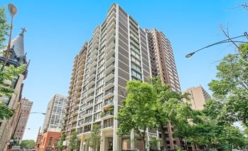 1400 North STATE Parkway Unit 7A