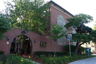 8426 West Catalpa Avenue Unit 401
