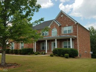 1613 Holly Hill Dr