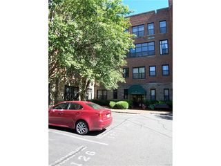 55 Mckinley Avenue Unit D2-11