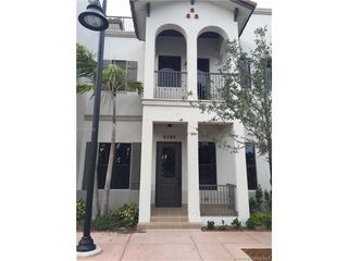 8385 NW 51st Ter Unit 8385