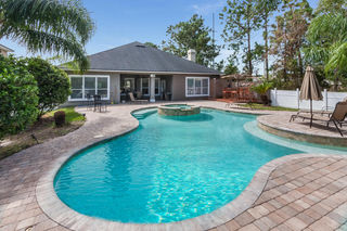 13737 Waterchase Way