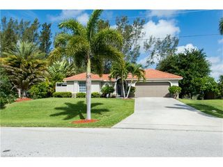 2902 SW 10th Place