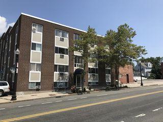 461 Washington St Unit 202