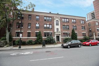 1982 Commonwealth Ave Unit A