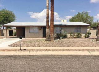 6412 S Cactus Wren Place