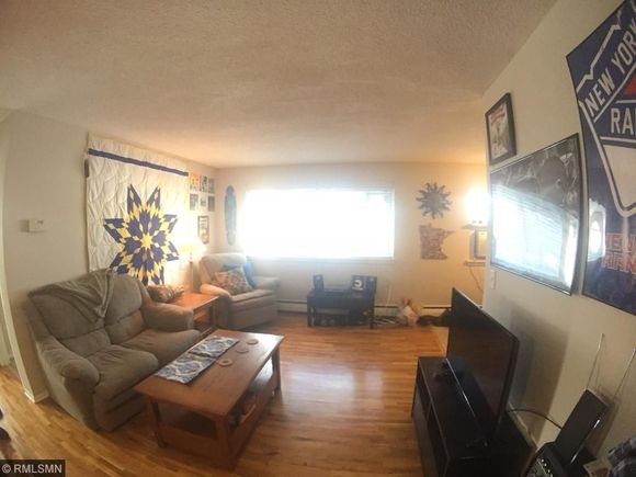 2747 Dupont Avenue S Unit 303