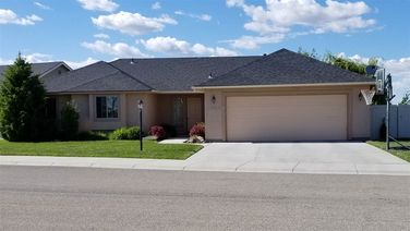 3040 W W Ginger Gold Dr.