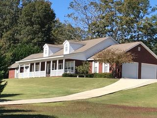 616 Country Crossing Dr