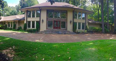 6099 Shady Grove