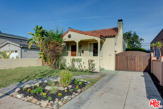 3127 Hollydale Drive