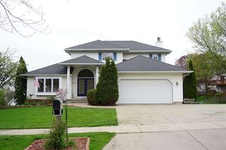 2906 MAPLE VIEW DR